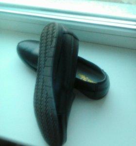 Новые,туфли натуральной кожи.