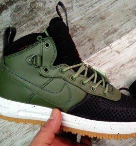 Кроссовки Nike Air Force F1