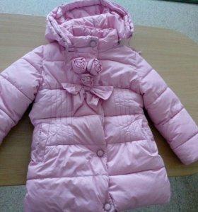 Куртка.На 3-4 года.Зима