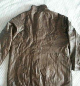 Куртка женская кожа.