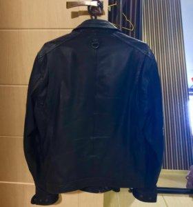 Мужская кожаная куртка Mango