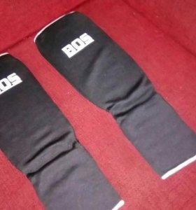 Перчатки боксерские, накладки защитные на голень