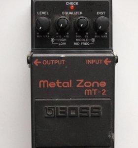 Гитарная педаль дисторшн Boss Metal Zone MT-2