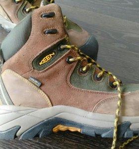 Ботинки KEEN Utility Rainier