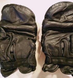 Перчатки кожаные боксёрские