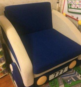 Детский диван-машина