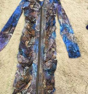 Платье,размер стандарт тянется
