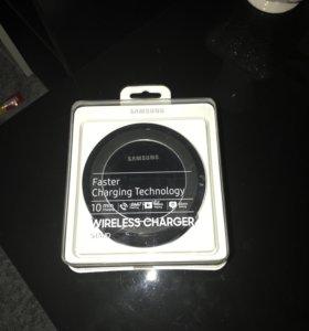 Беспроводная зарядка на Samsung оригинал