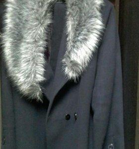 Пальто 3 раза одела СРОЧНО