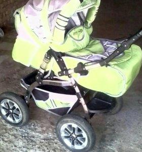 Детская коляска, зима - лето.