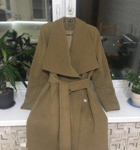 Пальто демисезонное шерстяное