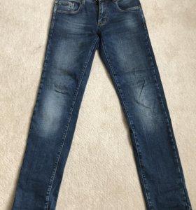 Джинсы Armani jeans демисезонные подростковые