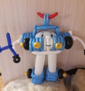 Робокар из воздушных шаров