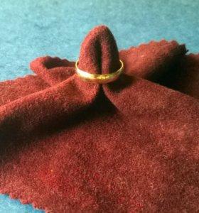 кольцо обручальное разм.18-18,5 вес 2,45гр.