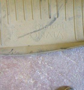 Резиновый коврик в багажник, хундай соната