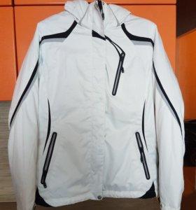 Куртка Горнолыжка  48 р-р