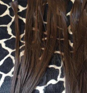 Волосы за заколках
