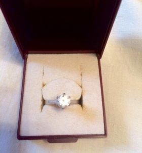 Серебряное кольцо 925 р. 15