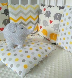 Бортики подушечки в кроватку