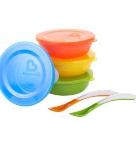Munchkin Набор тарелок с крышкой (4 шт) и ложками
