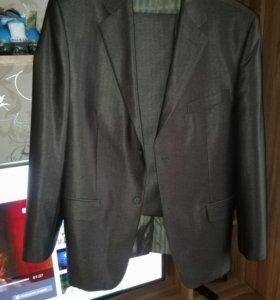 Брючный костюм мужской 46-48