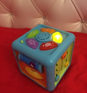 Куб интерактивный BabyGo со светом и музыкой
