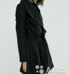 Дизайнерское пальто из Европы