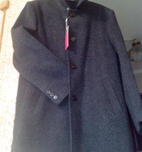 П/пальто мужское новое.СРОЧНАЯ ПРОДАЖА.