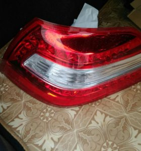Задний правый фонарь Nissan teana j32 (08-12)