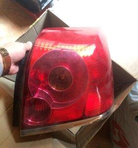 Задняя фара Avensis