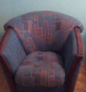 Продам кресла.