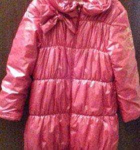Осеннее пальто для девочки,рост 128