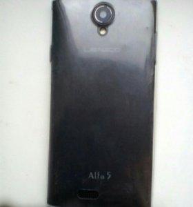 Телефон с прозрачным бампером