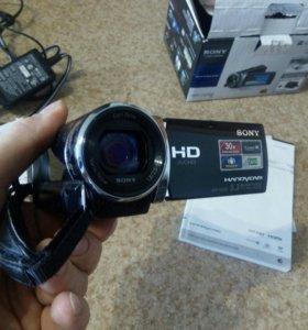 Цифровая видео камера Sony