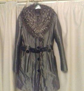 Зимнее пальто с чернобуркой
