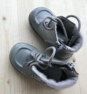 Детские ботинки осень-весна р.21