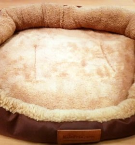 Лежак для собак или кошек.