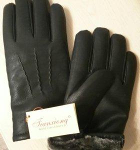 Мужские кожаные  (экокожа ) перчатки,.
