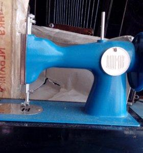 игрушка-швейная машинка