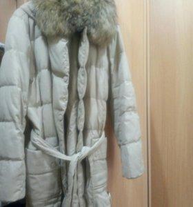 Зимний пуховик.52-54 размер