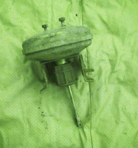Вакуумный усилитель тормозов от ВАЗ 21099