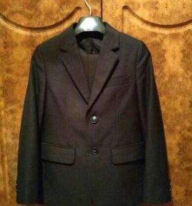 Костюм (пиджак, брюки) для мальчика 1-2 классов