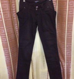 Новые джинсы Отдам
