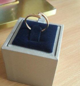 кольцо 585