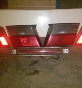 Комплект задних фонарей Nissan Almera
