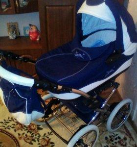 Продаётся классическая коляска фирмы Bellila 2 в 1