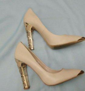 Эффектные туфли
