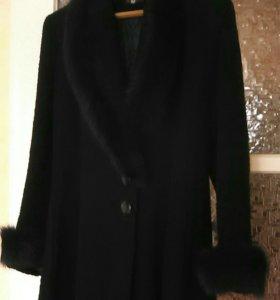 Пальто зимнее 48 р.