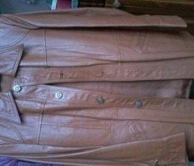 Кожаная куртка новая элегантная