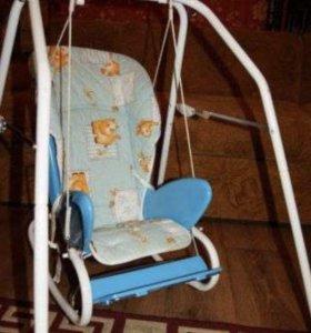Столик для кормления+качель+кресло качалка